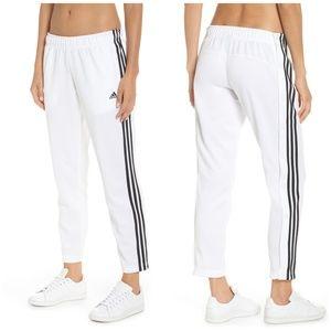 ADIDAS Tricot snap White Pants Size Medium = 8-10